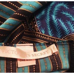 Victoria's Secret Intimates & Sleepwear - Victoria's Secret 100% Silk Set